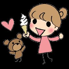 ちょっとシニカルな女の子とクマ