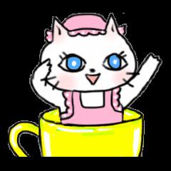 元気な白猫ちゃん 秋冬編